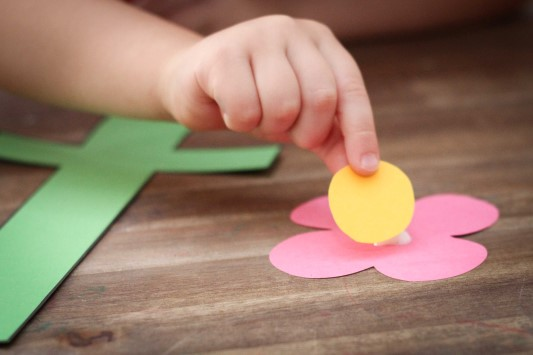 Letter of the Week F Craft Flower