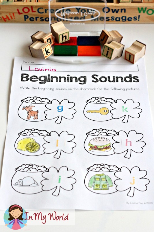 FREE St. Patrick's Day Beginning Sounds worksheets. Use with stamps for younger children who cannot yet form letters