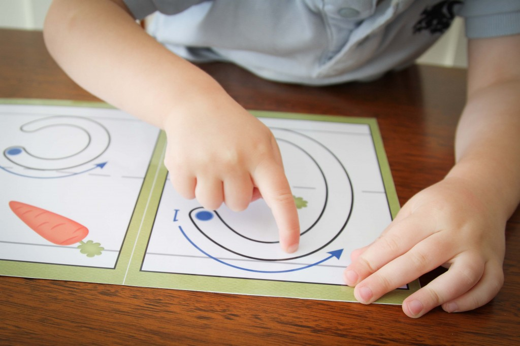 Preschool Letter of the Week C Correct Letter Formation Finger Tracing