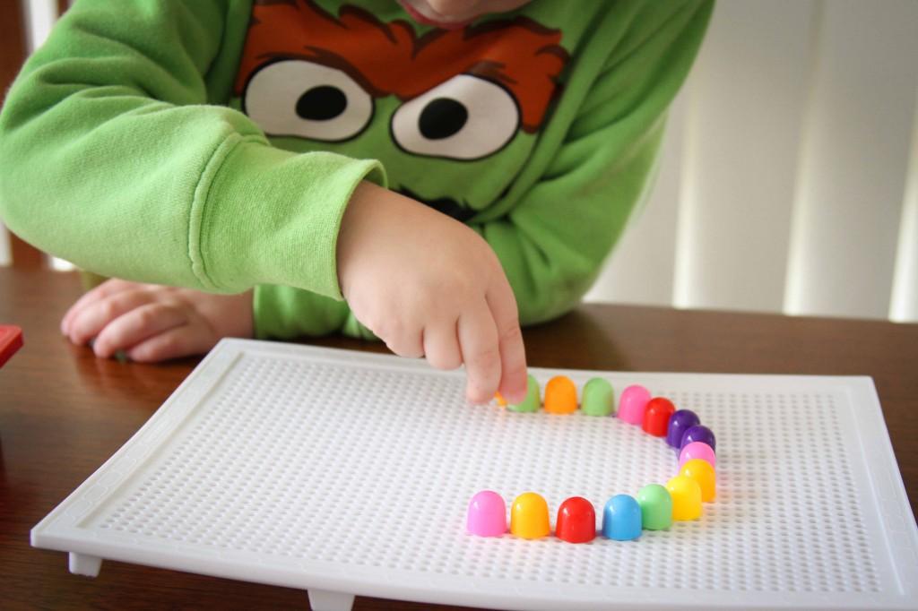 Preschool Letter of the Week c pinboard activity