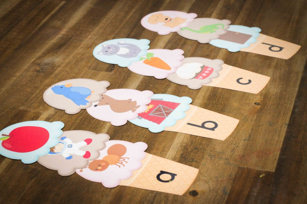 Preschool letter of the Week D beginning sounds scoops