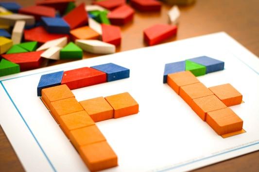 Letter of the Week F Pattern blocks