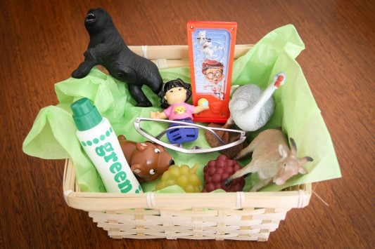 Preschool Letter of the Week G Beginning Sounds Basket