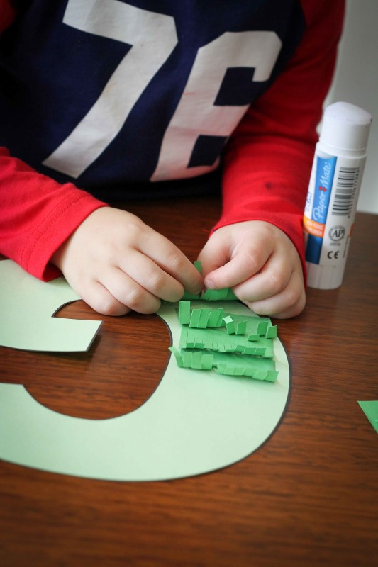Preschool Letter of the Week G craft grass glitter