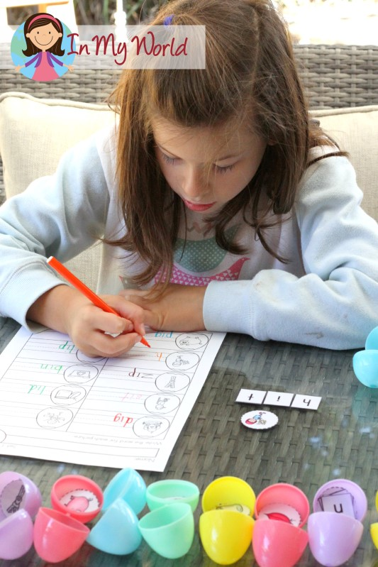 FREE CVC Easter Egg word work center