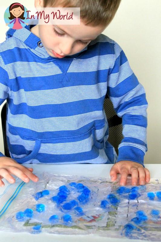 Hair gel and beads sensory bag