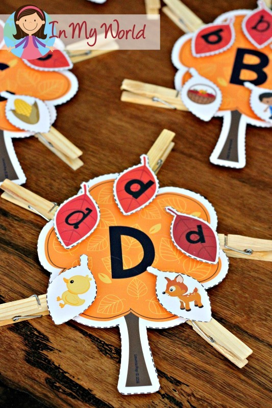 FREE Autumn / Fall Preschool Centers autumn leaves beginning sounds and upper and lower case matching